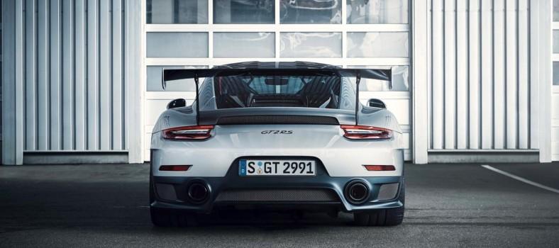 Porsche-911-GT2-RS_1