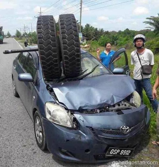 Tyre Accident 3