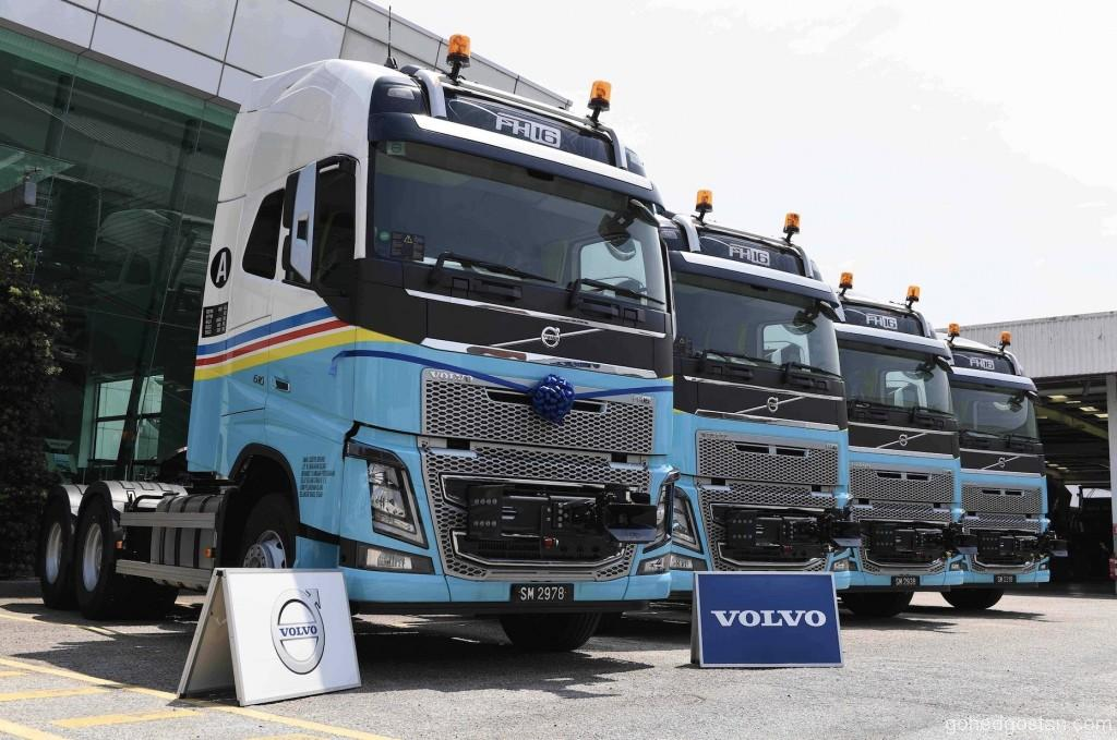 Volvo Trucks 7895