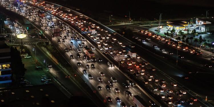 traffic-jam-1703575_1280 (1)