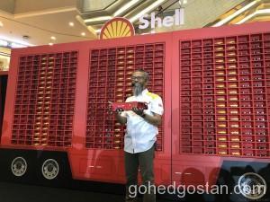 Shell-Ferrari-8
