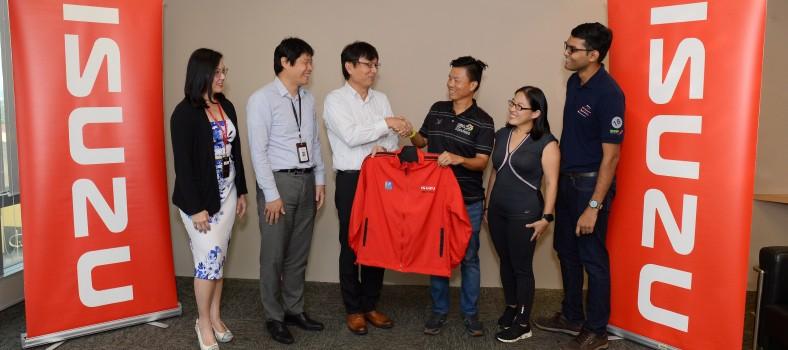 Isuzu raises funds for charity