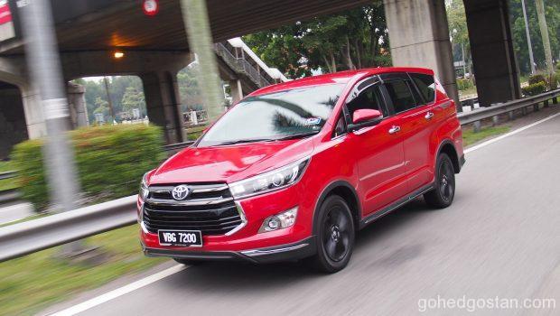 Toyota-Innova_1