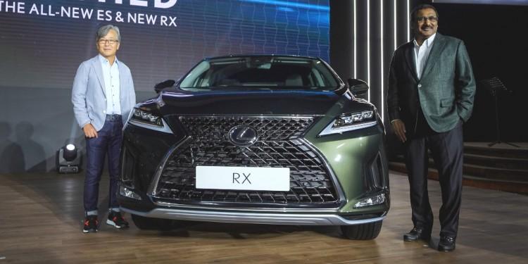 New Lexus RX_From Left� Mr.Akio Takeyama, Deputy Chairman of Lexus Malaysia & Mr.Ravindran K.,President of Lexus Malaysia