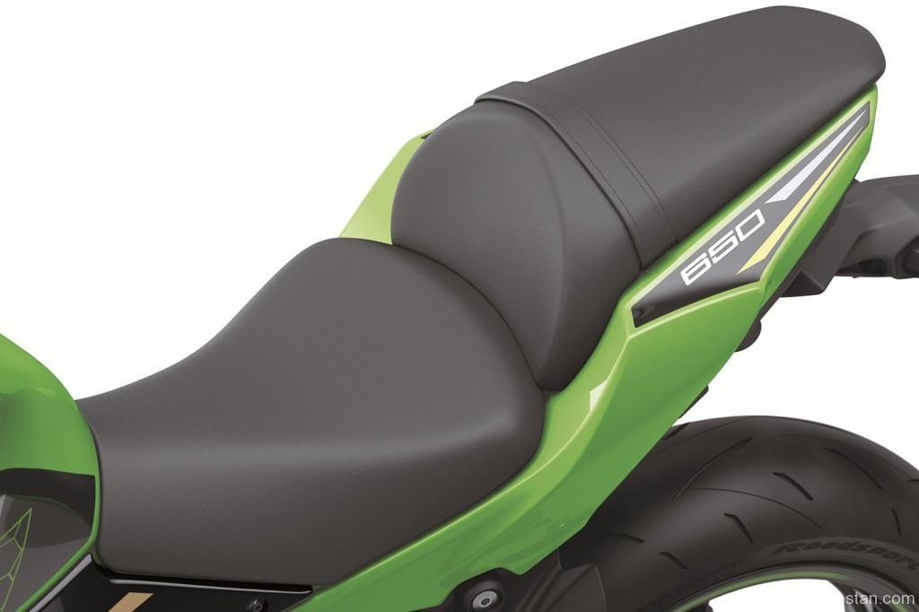 2020 Kawasaki Ninja 650 04