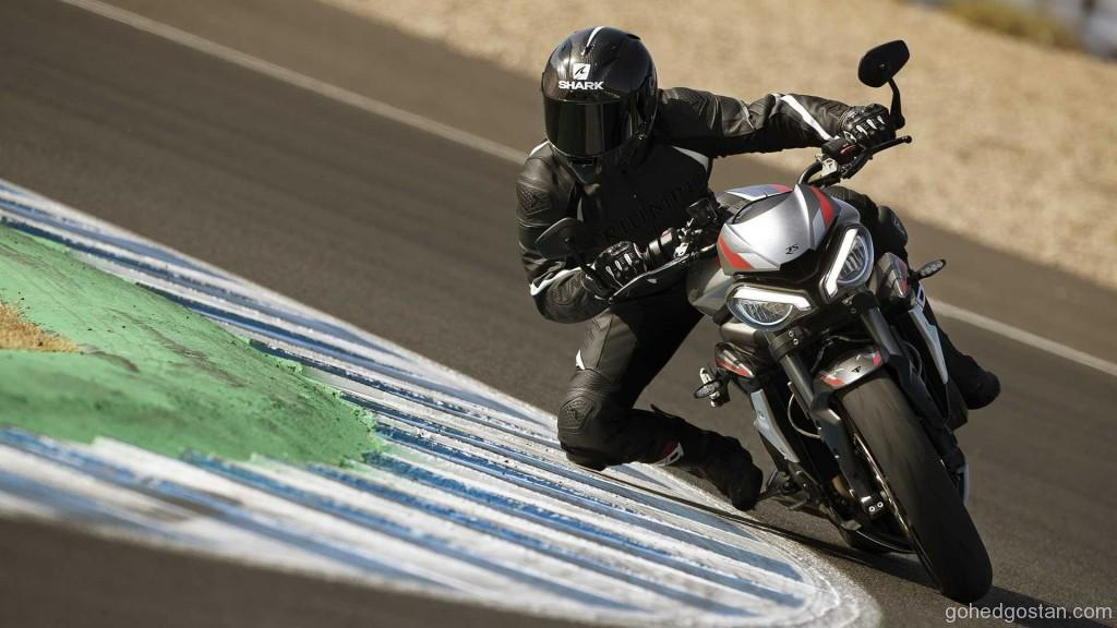 2020-triumph-street-triple-rs (3)