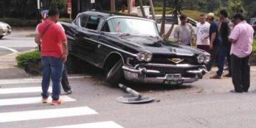 Cadillac-Coupe-DeVille-1