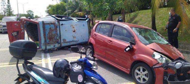 Myvi Crash front right 1.0