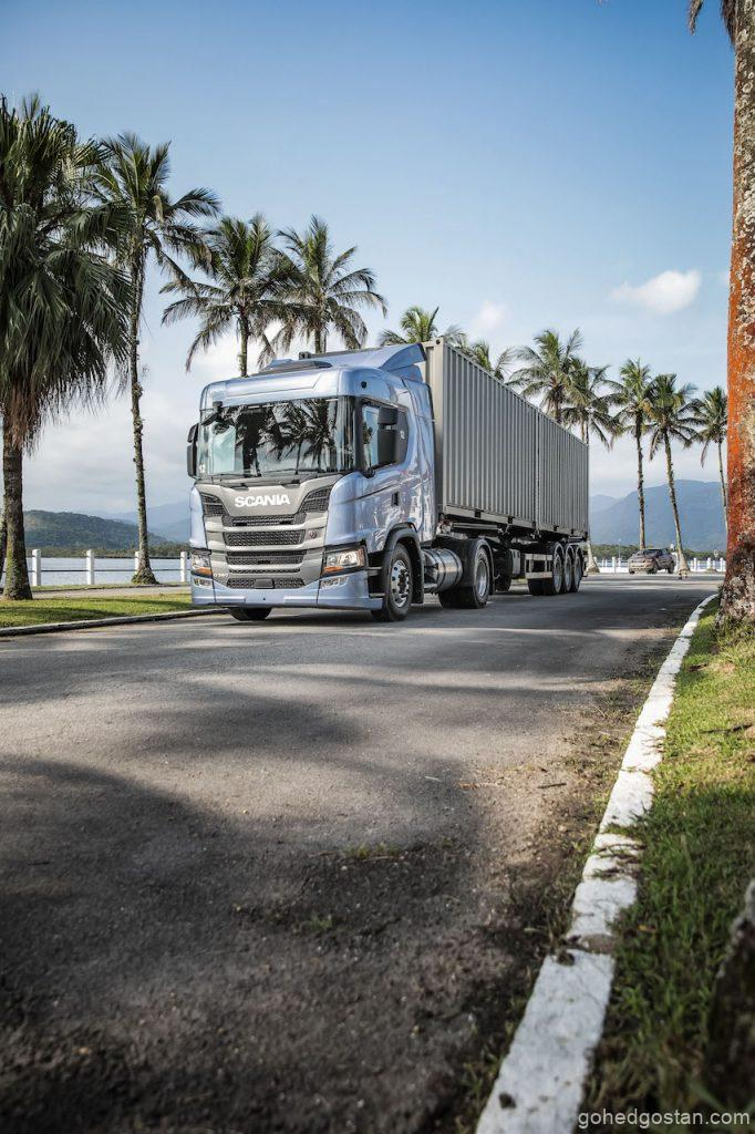 Scania G 360 4x2, shipping container transport.