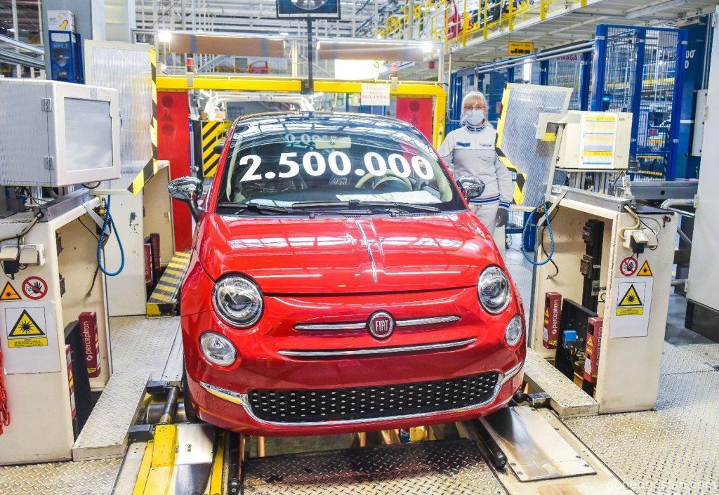 Fiat-500-car-2.5-Million-2.0