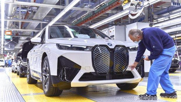 Reusable BMWs - assemby line front - 1.0
