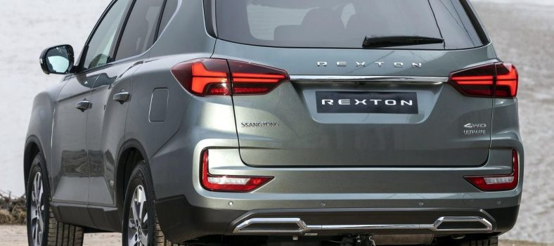 SsangYong-Rexton-back-left-4.0