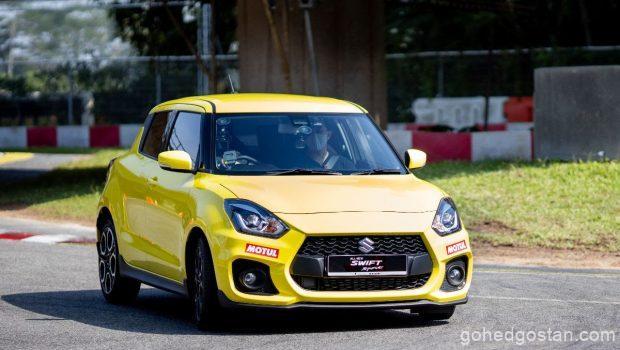 Suzuki Swift Sport front right 1.0
