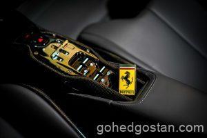 14-Ferrari-SF90-Spider-center-console