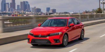 2022-Honda-Civic-Sedan-Touring-front-left-1.0