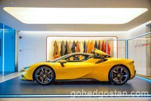 42-Ferrari-SF90-Spider-side-left-roof-closing-6