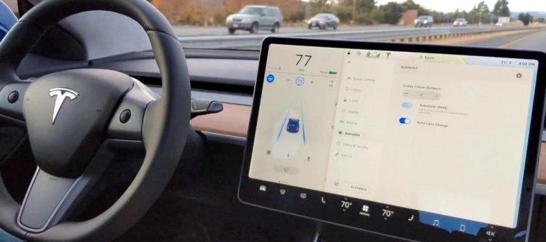 Tesla Autopilot Crash Model-3 dash 1.0