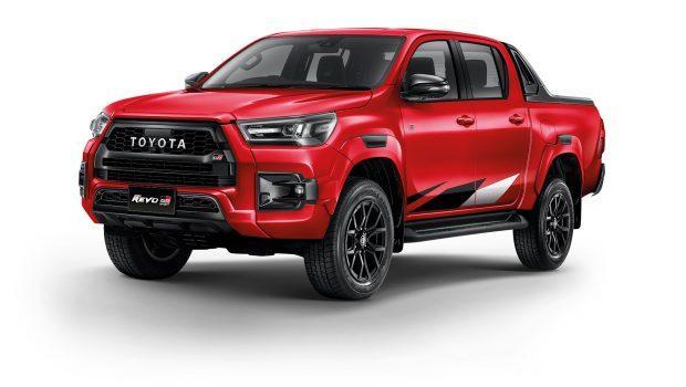 Toyota Hilux Revo GR Sport front left red 1.0