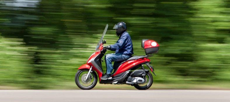 motosikal, skuter