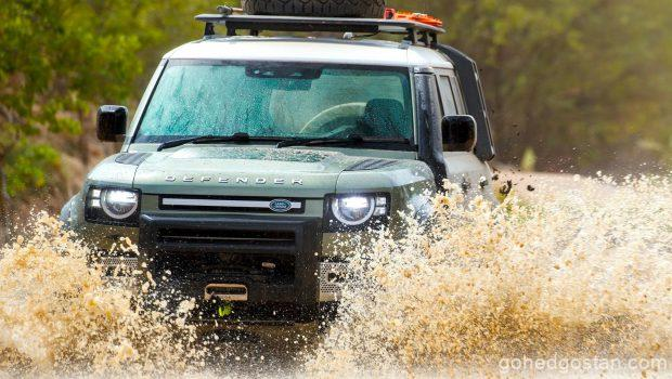 Land-Rover-Defender-on-test_outback-water-front 1.0